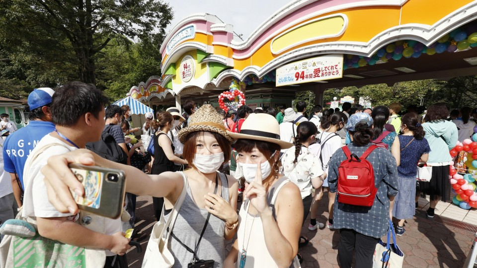 Tokyo Aug. virus infections reach monthly record with 8,126 cases