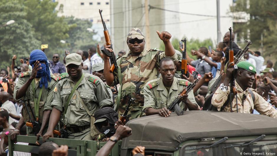 AU calls on Mali's military junta to appoint civilian leaders