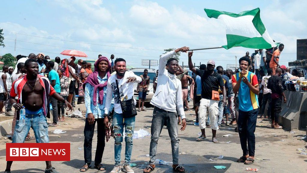 Nigeria Sars protest: Unrest in Lagos after shooting