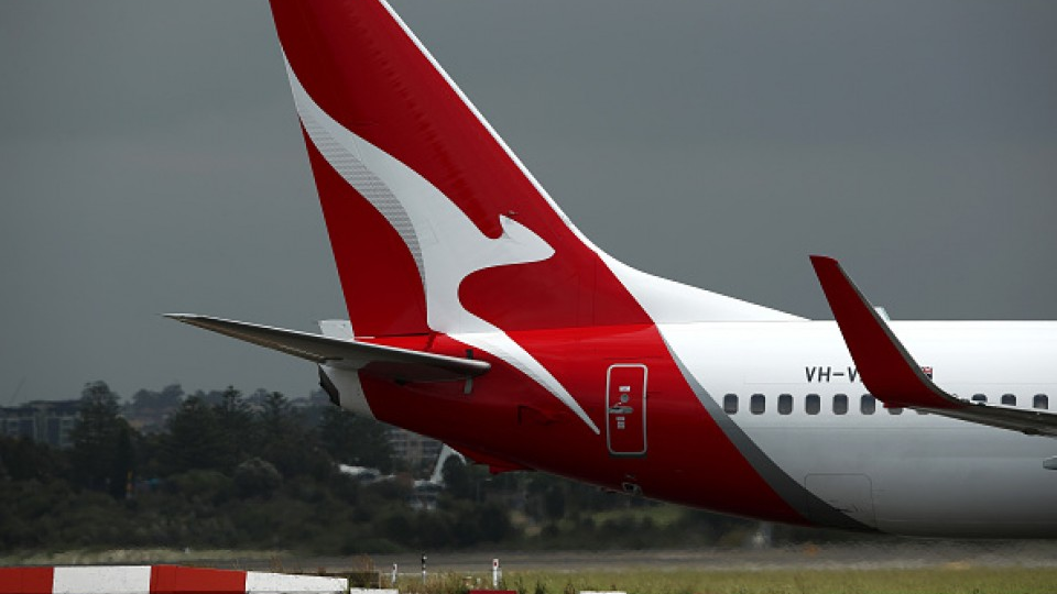 Qantas CEO wants COVID vaccine to be requirement for int'l travelers