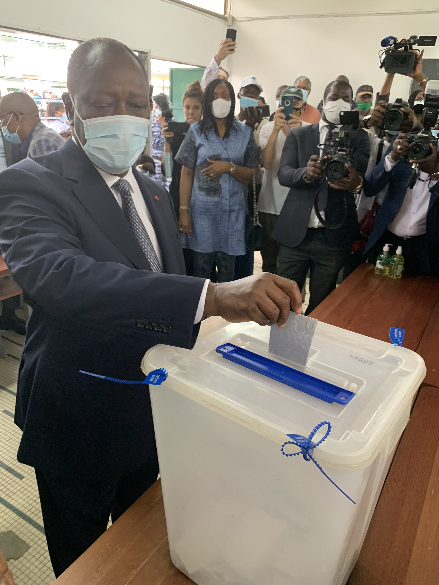 Ivorians vote in crucial polls amid opposition boycott