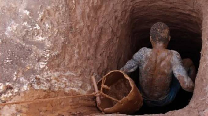 Several miners trapped underground in Zimbabwe