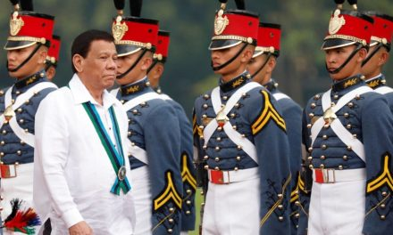 Philippines troops and ministers get COVID-19 vaccine before approval