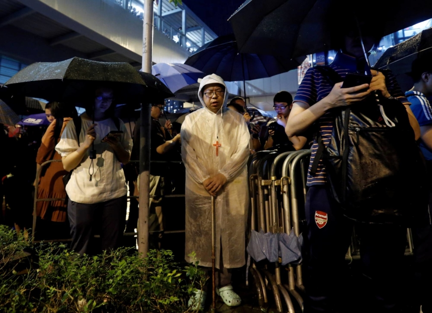 Nuns arrested as Beijing turns up heat on Catholic Church in Hong Kong
