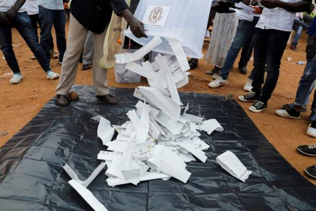 Uganda: Vote counting underway in crucial general elections