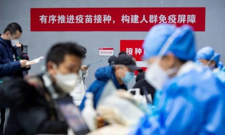 Beijing vaccinates thousands in COVID-19 shot drive