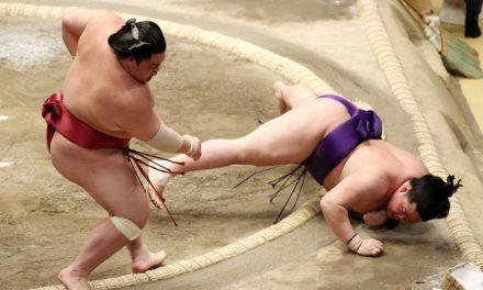 Daieisho, Shodai remain tied atop standings at New Year Basho
