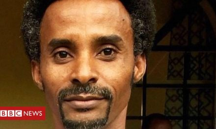 Ethiopia's Tigray crisis: BBC reporter Girmay Gebru detained by military