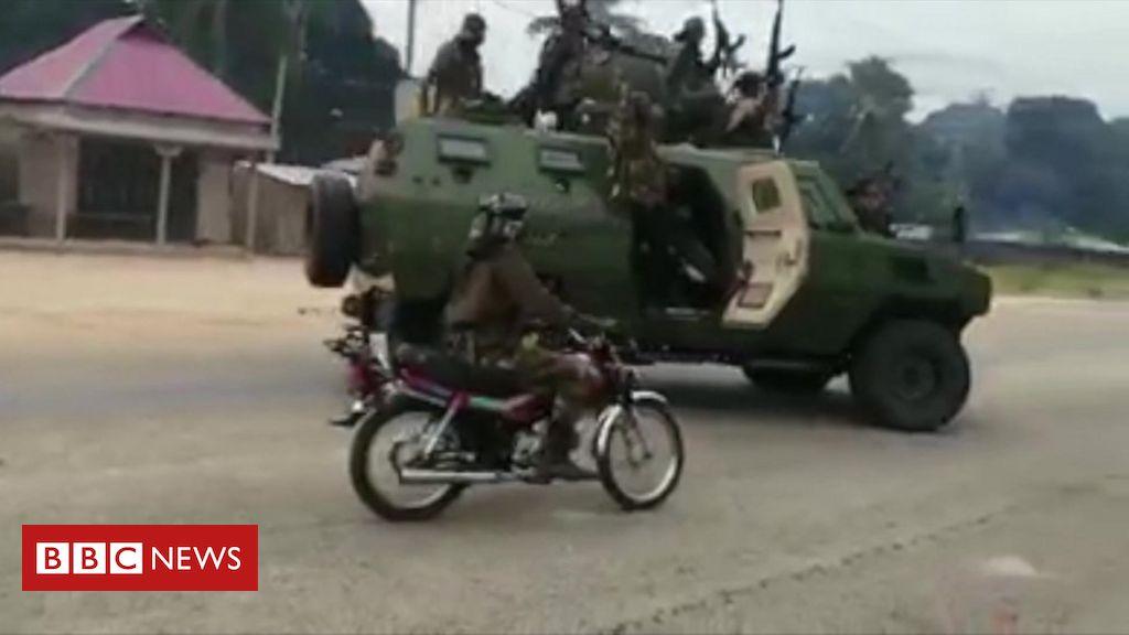 Mozambique insurgency: Islamist militants 'ambush workers fleeing hotel'