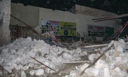 Car bomb explodes in Somalia's capital, killing at least 20 people