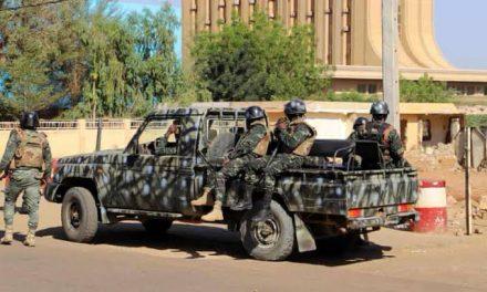 Heavy gunfire heard near Niger's presidency
