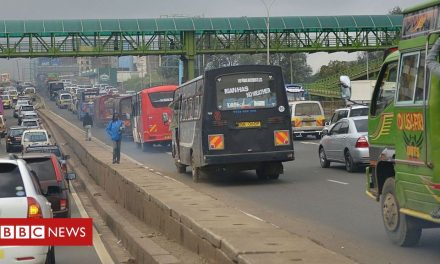 Thousands stranded in traffic over Kenya Covid rules