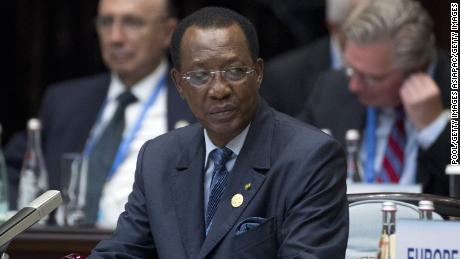 Chadians feel 'anger, revolt' as they struggle without internet for one year