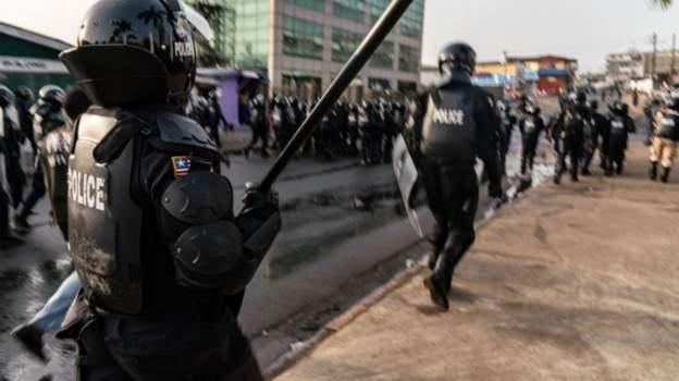 Liberia: Curfew after prisoners broke jail amid violent protests
