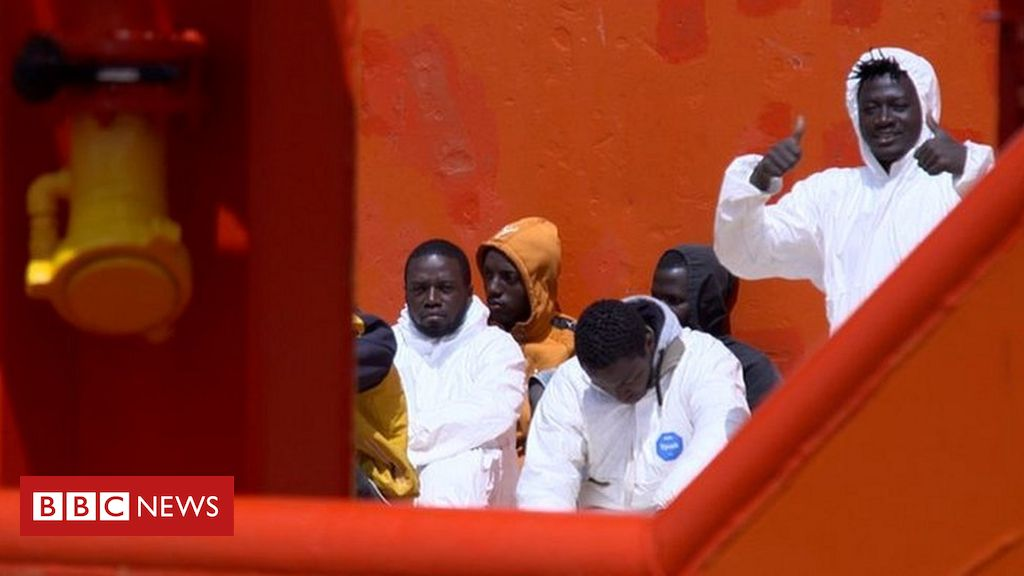 Lampedusa: Italy's gateway to Europe struggles with migrant influx