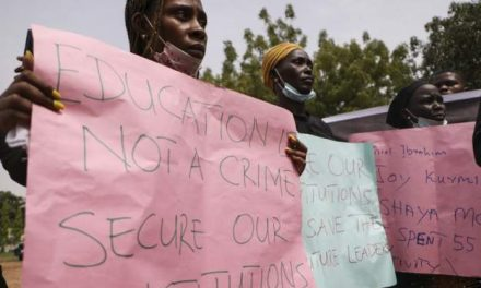 27 kidnapped Nigerian students freed