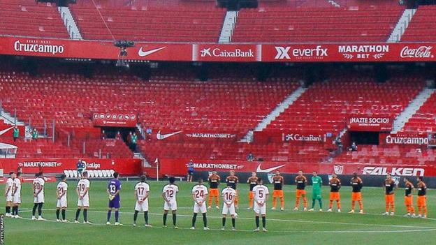 Players from Spanish clubs Sevilla and Valencia held a moment of silence to remember Alhaji Momodu Njie - 'Biri Biri'