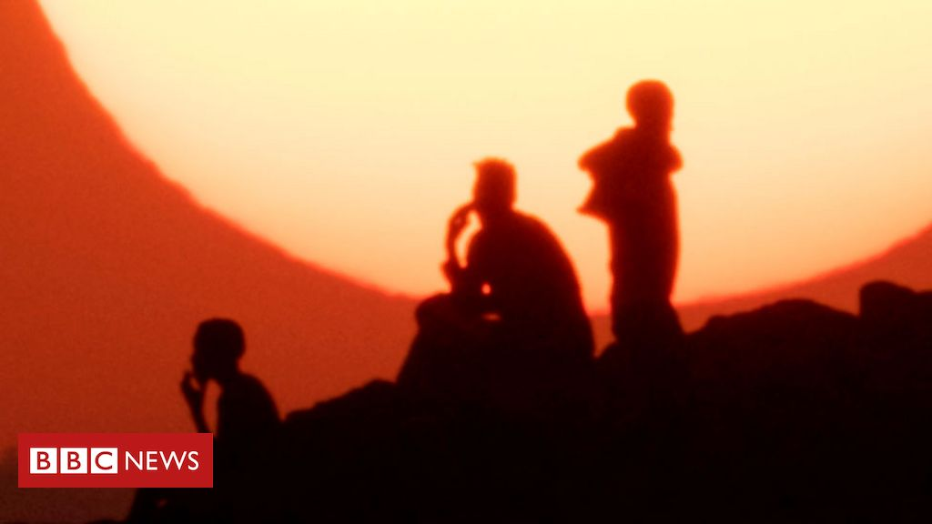 Ethiopia's Tigray crisis: Fleeing for fear of new ethnic conflict