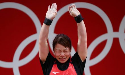 Japanese weightlifter Hiromi Miyake to retire after failing most attempts