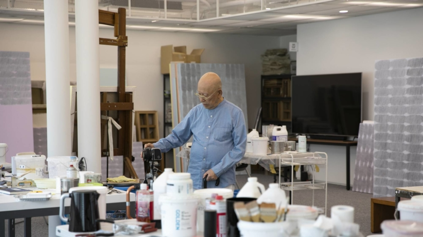 A towering figure in South Korean art plans his legacy