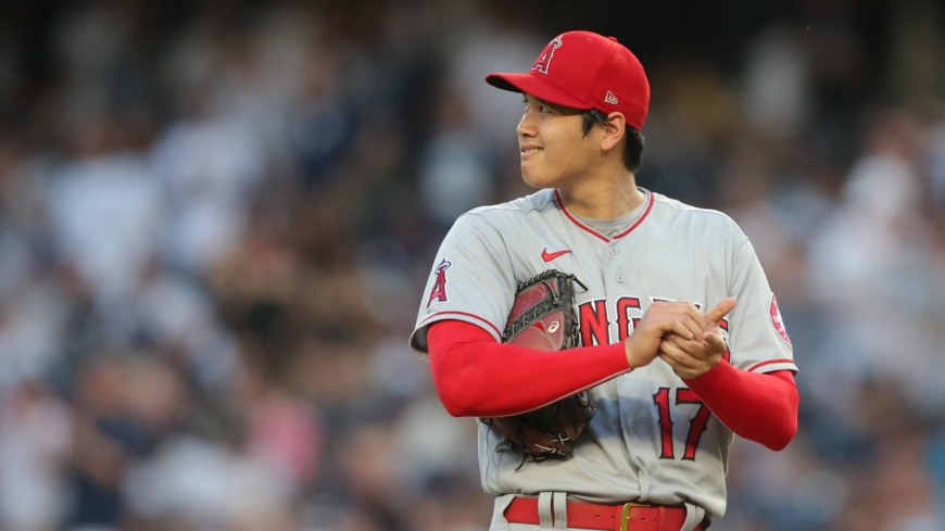 Shohei Ohtani pulled in first inning at Yankee Stadium; Angels rally to win in ninth