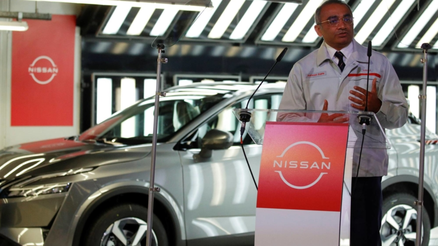 Nissan bets big on U.K. in ¥153 billion deal for battery plant and new crossover model