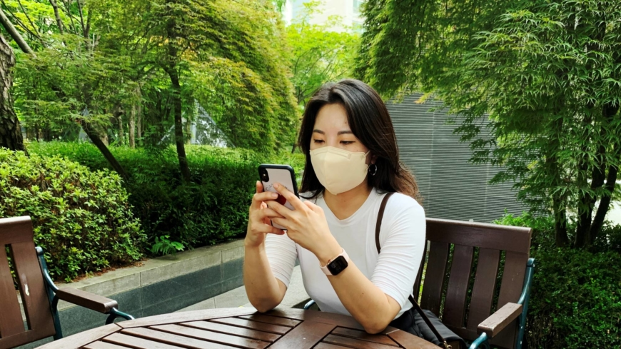 South Korean youth fight 'click war' in hunt for COVID-19 vaccines