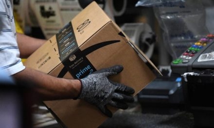 Amazon hikes starting pay to $18 an hour as it hires for 125,000 more logistics jobs
